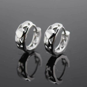 Jewelry - 18K White Gold Carved Shapes Huggie Hoop Earrings